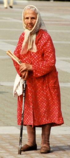 Am Anfang war die Armut: Eine alte Frau in Chabarowsk im Jahr 2001 - 17 Monate nach Putins Amtsantritt. (Foto: Krökel)
