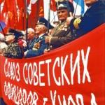 """Gehört die Ukraine in die EU? Mai-Demonstration der Veteranen im """"Kiewer Bund der Sowjetoffiziere"""": (Foto: Krökel)"""