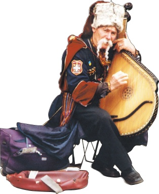 Ein Bandura-Spieler in Lwiw (Lemberg). Das lautenähnliche Nationalinstrument findet sich besonders häufig in der Westukraine, der Heimat von Juri Andruchowytsch. Dort werden die bäuerlichen und kosakischen Traditionen stärker gepflegt als im prorussischen Osten. (Foto: Krökel)
