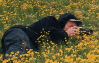 Ausnahmen bestätigen die Regel: Ulrich Krökel mit Kamera statt Kugelschreiber, auf Island statt in Osteuropa. (Foto: von Bosse)